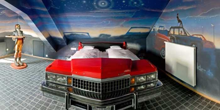 Automobilių mylėtojų svajonių viešbutis