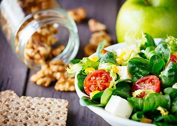 Atostogaudami nepamirškite sveikai maitintis, juk svarbiausia balansas!