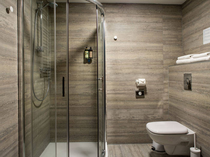 Turėsite savo vonios kambarį