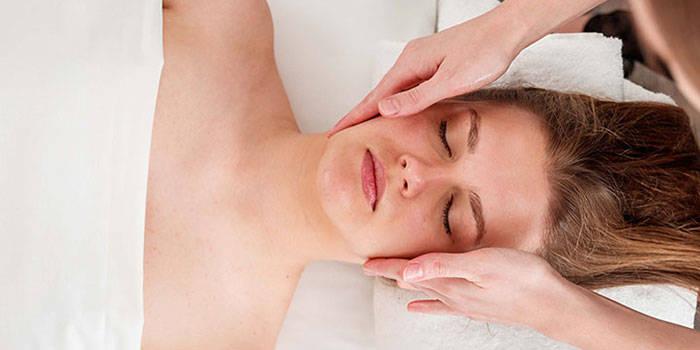 Taškinis veido ir galvos masažas Kaune