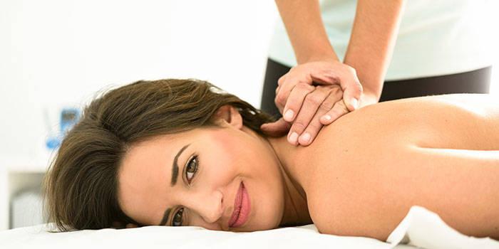 SPORTINIS nugaros, kaklos ir pečių juostos masažas