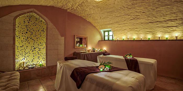 Aromaterapinis raminintis kūno masažas su šveitimu