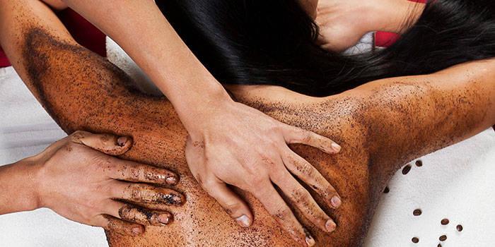 Harmonizuojantis masažas ir kūno šveitimas VIENAM