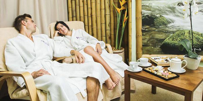 Poilsis su VAKARIENE arba masažais pajūryje DVIEM