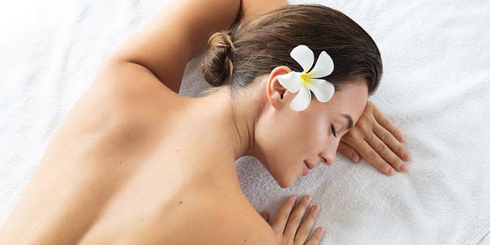 Hidroterapija su levandomis ir masažai VIENAM
