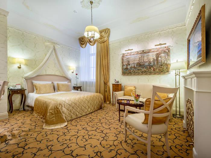 IMPERIAL Hotel & Restaurant 5+ - Viešbučiai Vilniuje